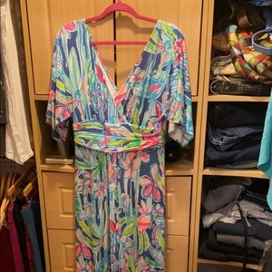 Lilly Pulitzer Parigi maxi dress . Medium EUC